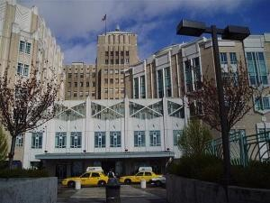 """""""March 202005 Harborview"""" by Hospitalpic3454 at en.wikipedia - Own work. Transferred from en.wikipedia to Commons by User:Logan using CommonsHelper.. Licensed under Public Domain via Wikimedia Commons"""